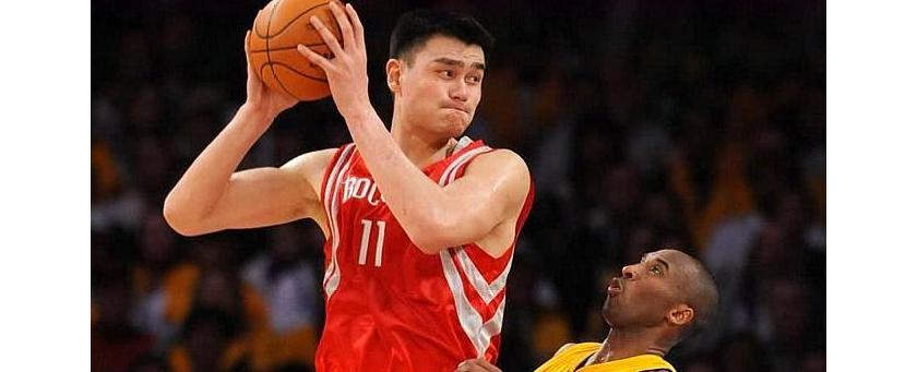 姚明作为2002年NBA选秀状元是合理的 但为什么退役后依然能入选名人堂